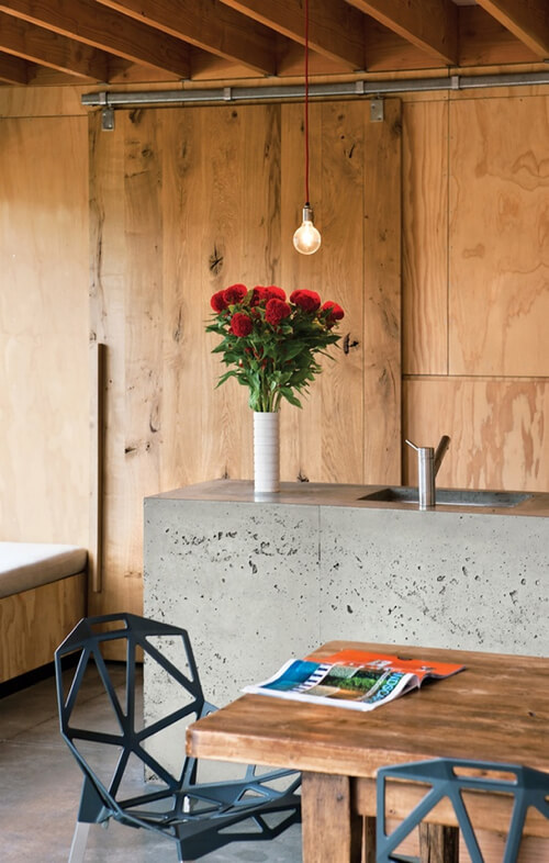 plywood-dining-space-Pattersons-Architects-Dwell-magazine